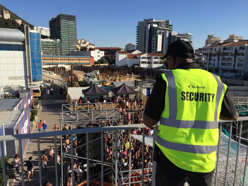 security-looking-over-crowdjpg